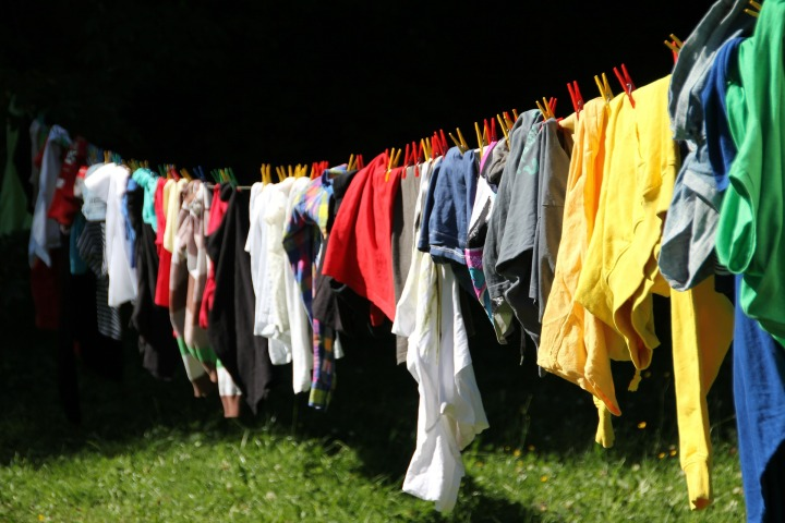 How to Avoid Crunchy Clothes When Hang Drying